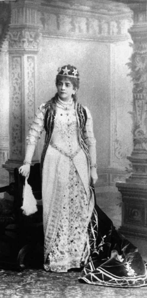 Крутикова Александра Павловна — Отечественные певцы