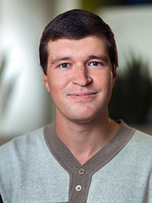 Илья Шишков<br>Лидер команды создателей курса, старший разработчик  в Яндексе