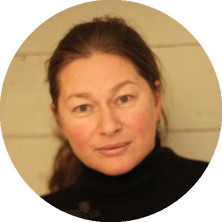"<p class=""Institut""> Ekaterina Eremenko, <br>filmmaker, LOC</p>"