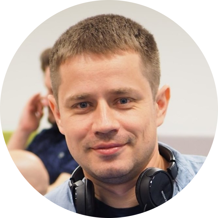 Хмелевский Александр, head of development в OVAL (oval.life).